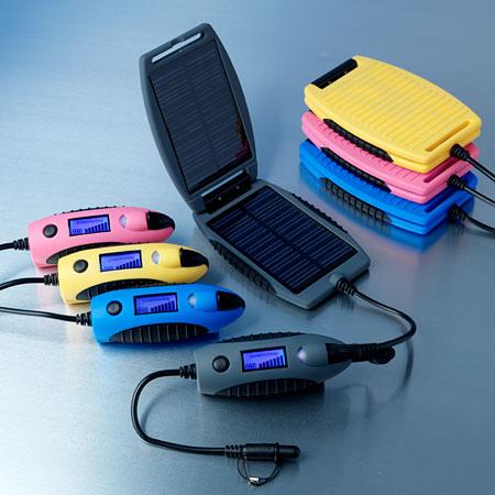 Univerzální solární nabíječka powermonkey eXplorer - šedá 2200 mAh